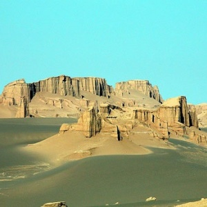 Tourism in the Lut Desert